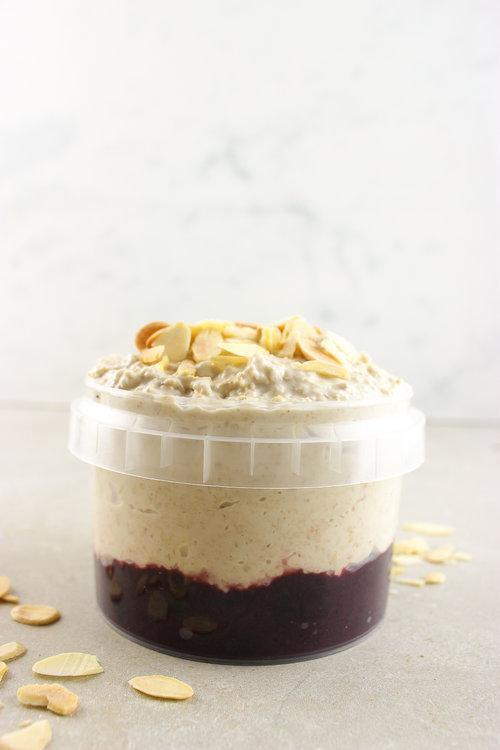coconut-almond-overnight-oats