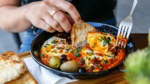Improve employee wellness with food