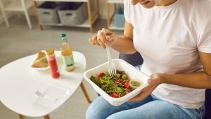 Stop food waste - eat lunch at work delivered by Feedr